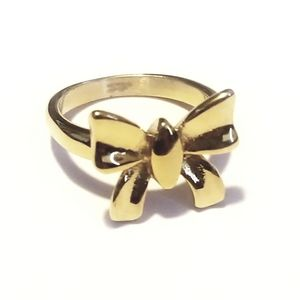New stainless steel gold tone bow ring size 7